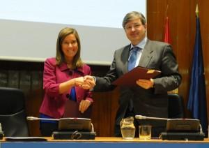 Firma del acuerdo entre BROSETA y el Ministerio de Sanidad, Servicios Sociales e Igualdad