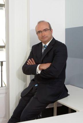 Antonio J. Navarro