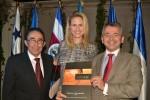 Carlos Quintanilla y Elizabeth Heurtematte, de LatamLex; y Julio Veloso, de BROSETA_low